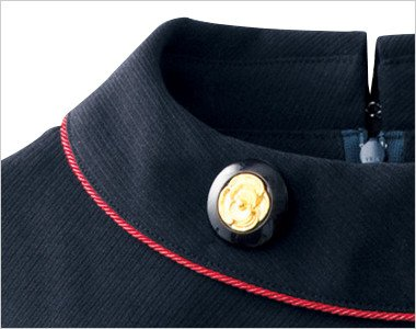 花がモチーフのゴールドで優雅な黒ボタン