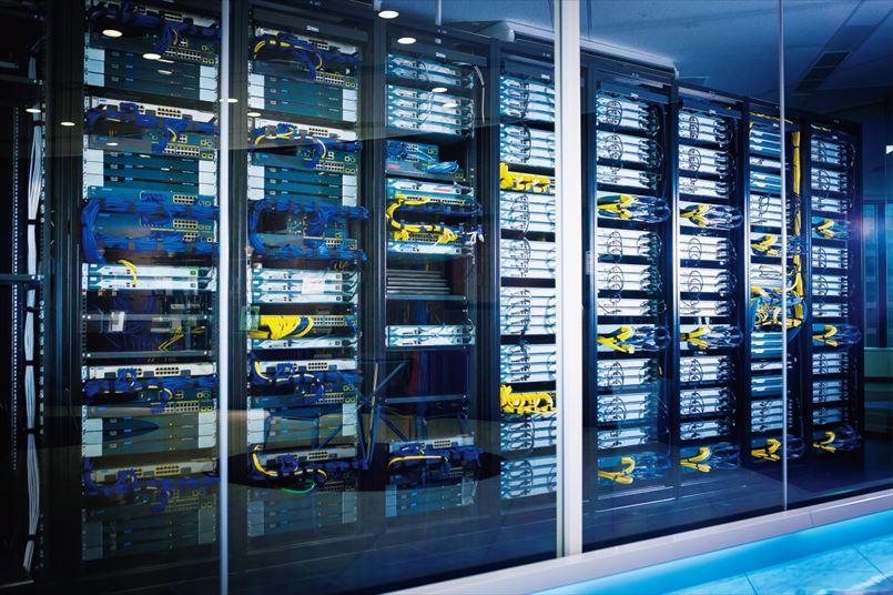最新のネットワーク教材、リモートラボ環境を完備